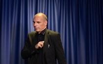 Varoufakis admite demissão do Governo