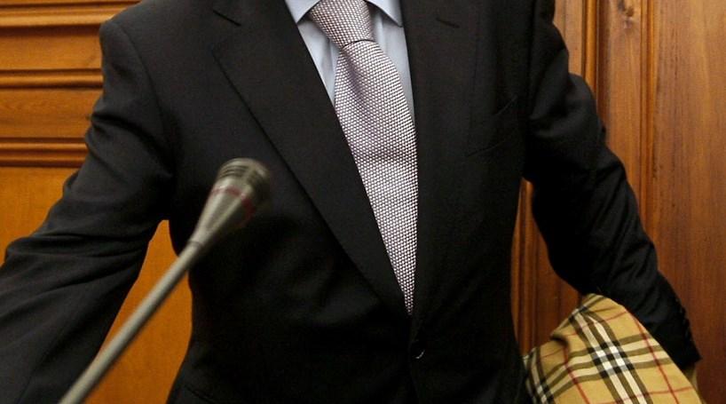Daniel Sanches nega ter favorecido SLN no SIRESP