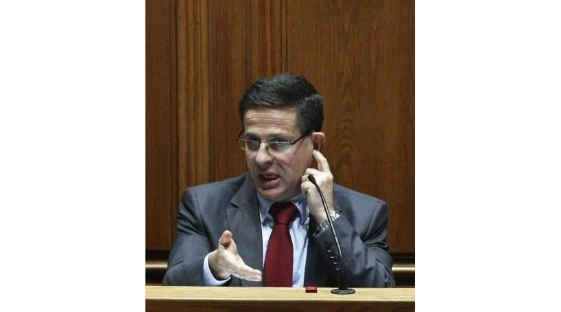 Ministro não vê razão para aumento de 12% do pão
