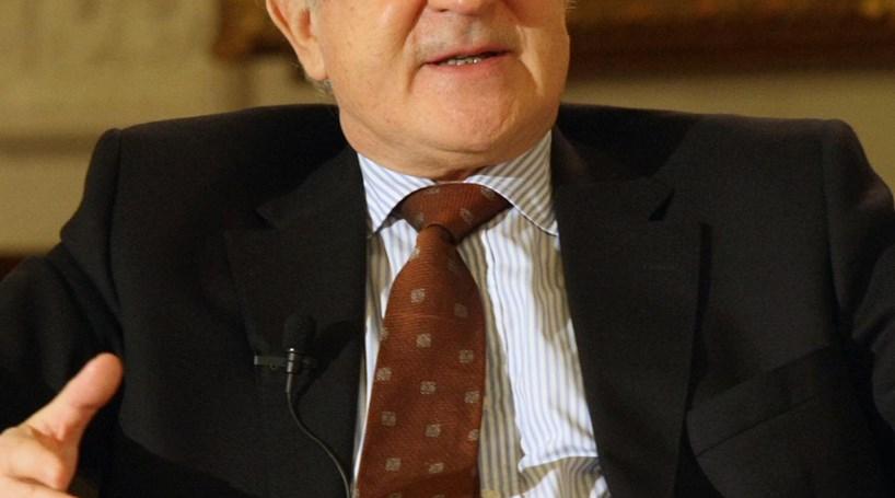 Farias de Oliveira: Críticas a Cavaco