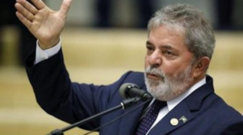 Ministério Público pede bloqueio de bens de Lula