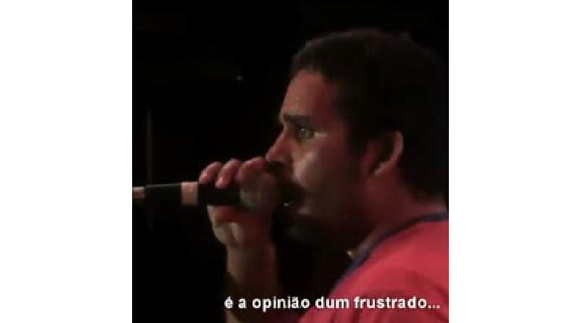 Músico angolano insulta Eduardo dos Santos (COM VÍDEO)