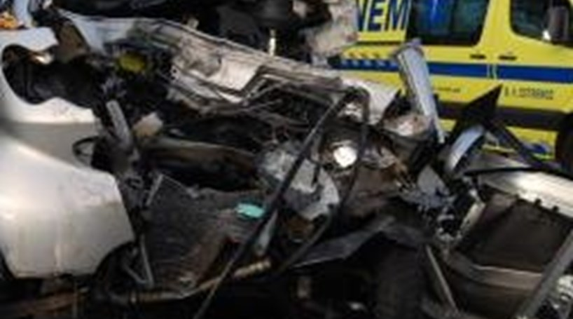 Seixal: Colisão causa dois feridos