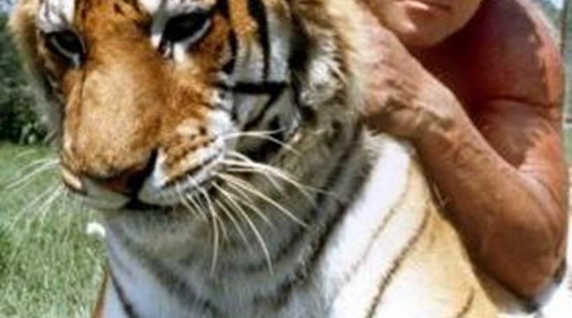 Actor que foi 'Tarzan' detido por ter animais exóticos em casa