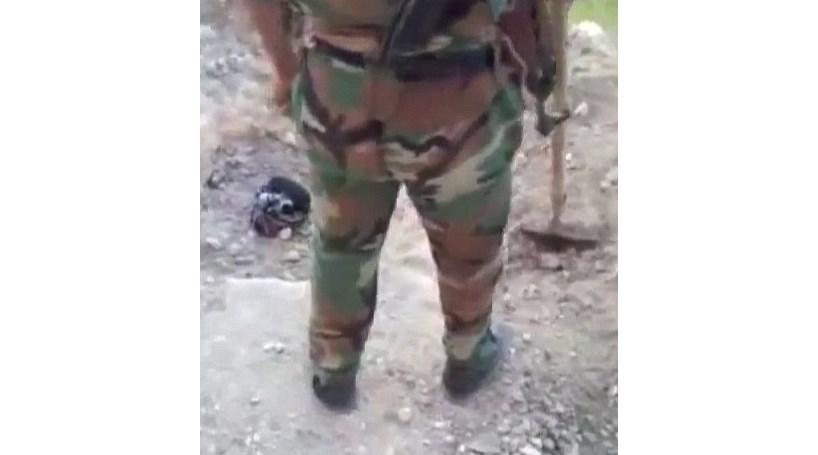 Vídeo mostra opositor sírio a ser enterrado vivo (IMAGENS MUITO CHOCANTES)