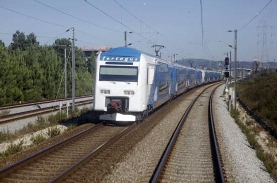 Avaria na linha atrasa comboios da Fertagus entre Lisboa e Almada