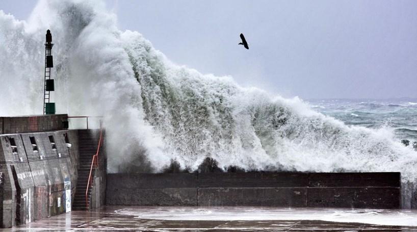 Europeus alertam para tornado em Portugal