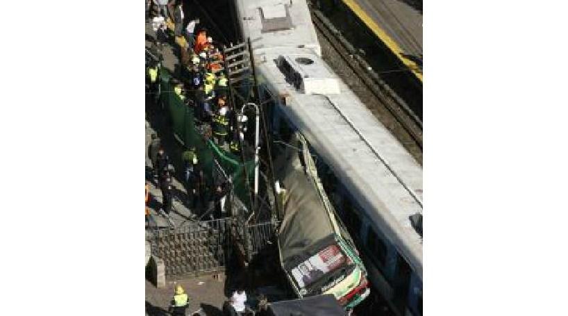 Colisão de comboios causa 20 feridos graves na África do Sul