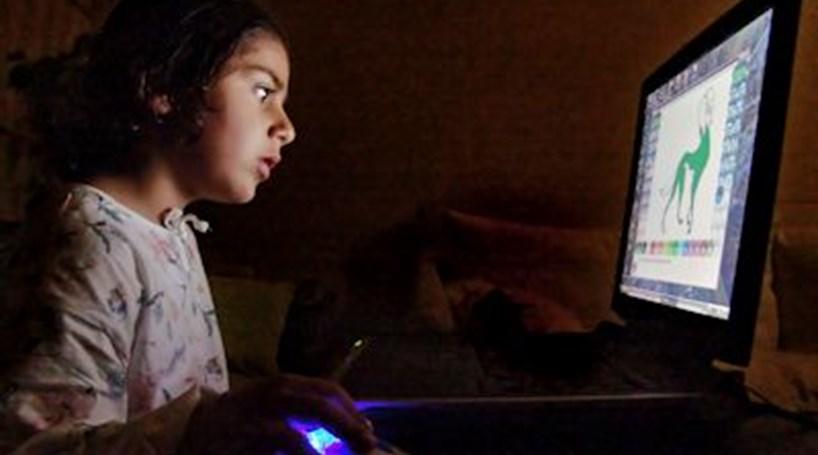 Nove formas de castigar as crianças através do Facebook
