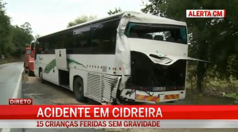 Acidente fere 15 crianças em Coimbra