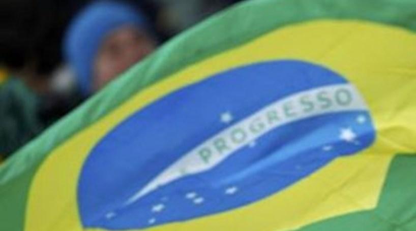 Brasil autoriza adoção de crianças por estrangeiros