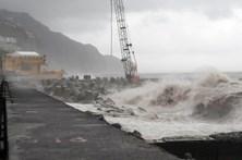 Proteção Civil da Madeira recomenda que não se circule junto a zonas costeiras