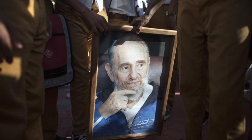Cerimónias de homenagem a Fidel Castro começaram em Havana