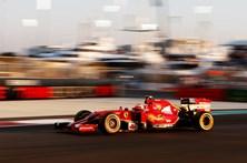Ferrari desafia Mercedes