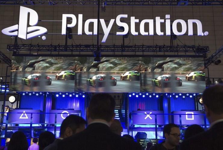 Piratas informáticos atacam redes sociais da Playstation