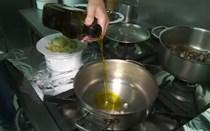 Aprenda a cozinhar arroz de entrecosto