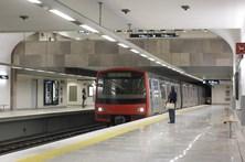 Linha azul do metro de Lisboa interrompida