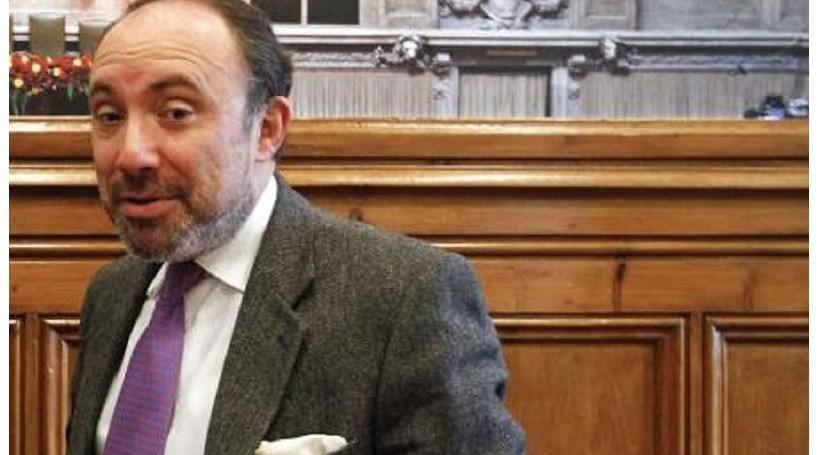 """PSD diz que executivo é """"verdadeiro Governo de unidade das esquerdas"""""""
