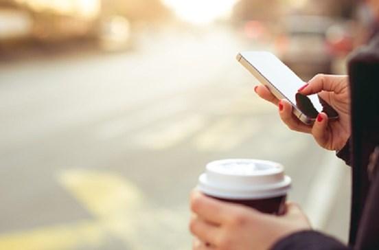 Cientistas descobrem como carregar telemóvel com panela ao lume