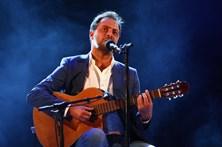 Susto em avião atrasa concerto de António Zambujo
