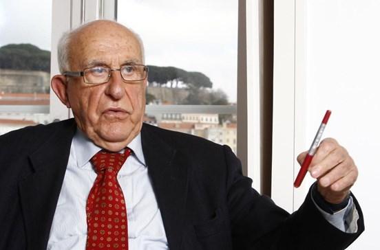 Henrique Neto abandona PS com críticas à atuação de António Costa
