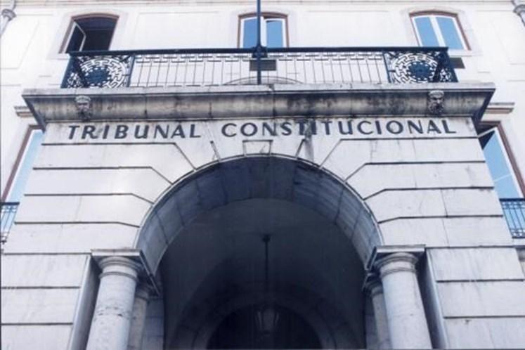 Tribunal chumba Taxa de Protecção Civil em Lisboa
