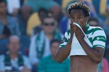 Sporting suspende Carrillo