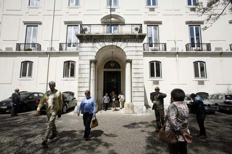 Constitucional chumba Taxa Municipal de Proteção Civil de Lisboa