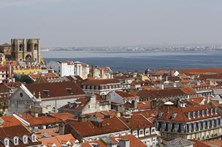 Portugal em destaque no maior guia de viagens do mundo