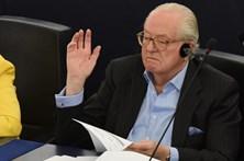 Jean-Marie Le Pen multado por comentário incitando ao ódio