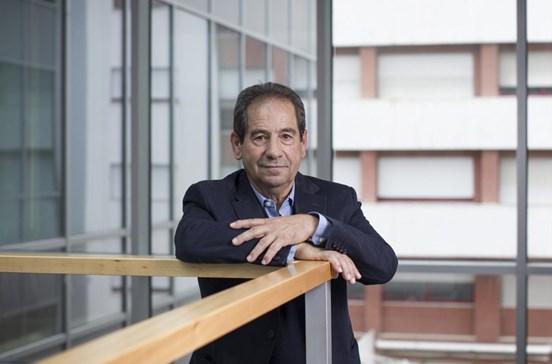 """Octávio Machado diz que """"realidade seria outra"""" sem erros da arbitragem"""