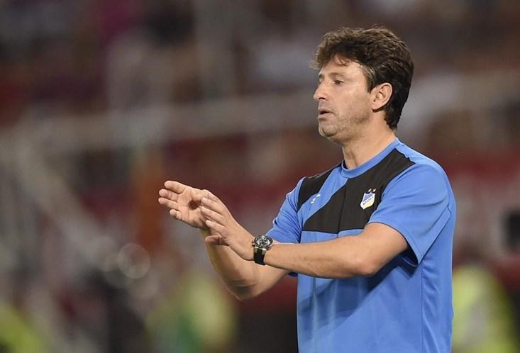 Domingos Paciência deixa Belenenses, Silas é o novo treinador