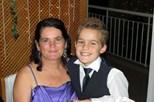 Mãe envenena filho de 11 anos e mata-se