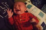 Bebé só deixa chorar com música de 'Star Wars'