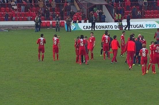 Benfica e Castelo Branco vence União de Leiria