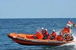 Marinha resgata 10 homens na Madeira