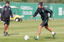 Sporting empresta Hernán Barcos ao Vélez Sarsfield