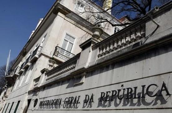 MP investiga saída de 10 mil milhões para 'offshore' sem análise do Fisco