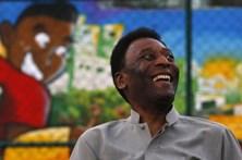 Pelé fica doente e não vai a lançamento de filme sobre a sua vida