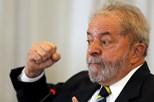 Lula da Silva anuncia candidatura à presidência do Brasil