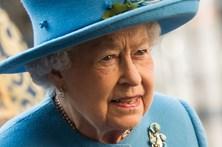 Rainha de Inglaterra mostra-se solidária com vítimas do ataque