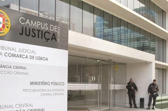 Falta de magistrados lança caos na Justiça