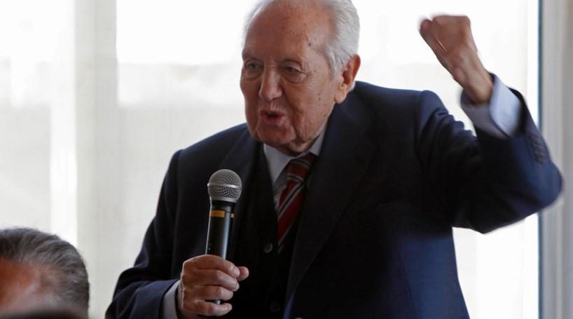 "Presidente do PS evoca o político que ""nunca faltou ao seu país"""