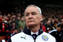 Leicester despede Claudio Ranieri
