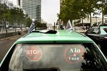 Taxistas pedem indemnização de seis milhões à Uber