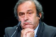 Platini diz ter sido vítima de complot por parte da FIFA