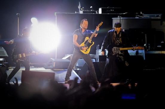 65 mil viram a noite do rock na Bela Vista