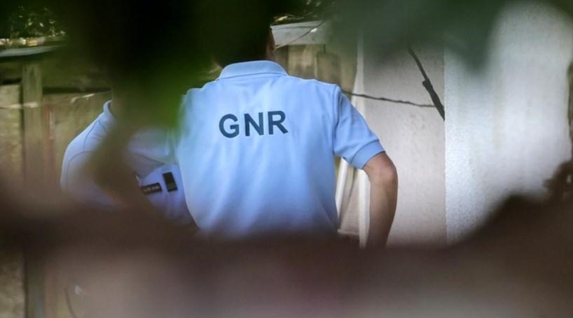 GNR e menores sofrem acidente