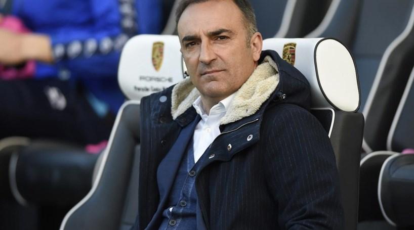 Carlos Carvalhal falha subida à 'Premier League'