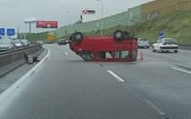 Acidente condiciona trânsito na A3